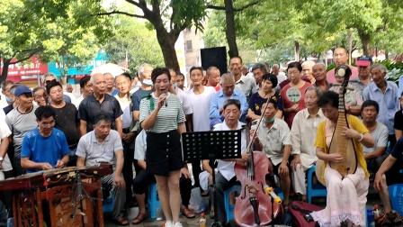 浦江婺剧洪碧芳在文化广场演唱《忽听得老娘亲来到帐外》2020719