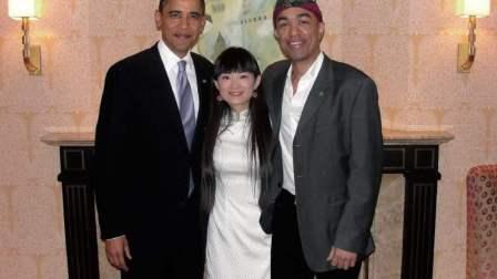 他是奥巴马弟弟,19年前毅然离开美国,如今定居中国娶中国媳妇