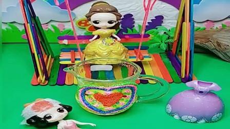白雪公主救过贝儿公主,贝儿打算报答她
