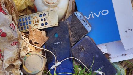 小伙意外捡到一部oppo手机,带回家翻新处理,网友:技术太牛了!