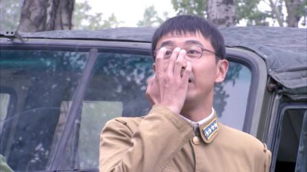 绝密543:肖占武太有面子了,首长给当靠山,师长都得听小营长的