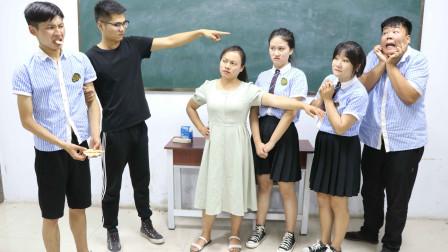 学霸王小九校园剧:学霸抢同学的烧饼吃,被教导主任找到班里,老师的做法太有趣了