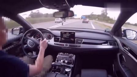 奥迪A8高速上被S3超车后,A8车主启动了Sport+模式