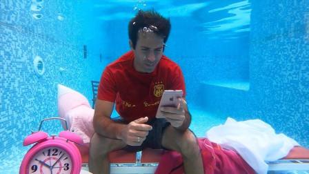 小哥化身美人鱼,挑战在水下生活24小时,网友:牛逼了!