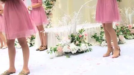 婚礼开场时新娘的姐妹团送上祝福的歌曲