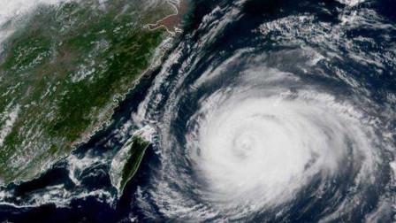 """台风""""黑格比""""再度升级即将登陆 浙江台州全市消防进入实战状态!"""