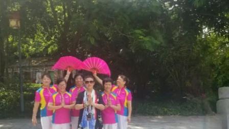 惠州江北念佛拍手操队:《好姐妹西湖晨练》,2020年7月26惠州西湖掠影。