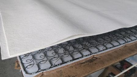 永滔床垫机械P88毛毯枪反手打毛毯的方法