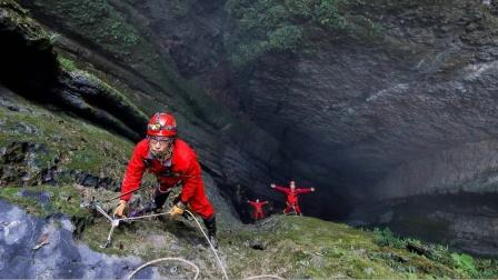 刘佳:危险使洞穴探险有了严肃的目的,这恰恰是平凡生活所缺少的