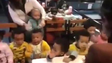 一所工厂幼儿园,不知道的还以为自己在非洲呢。