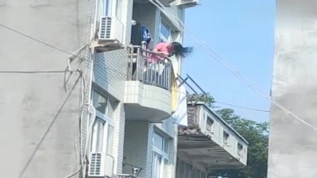 有这样的邻居,吵架是迟早的事