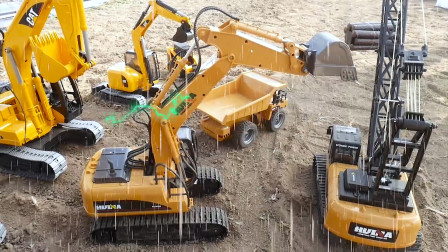 暴雨中的挖掘机 工程车 挖土车 运输车 吊车,运土挖沙工程故事