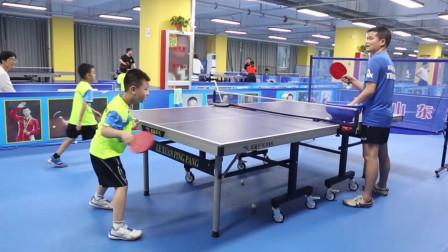 90天零基础乒乓球启蒙教学第二十八集:盯球意识培养