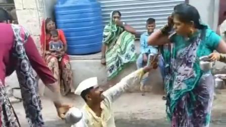 印度女方求婚成功,双方会选择一个吉日,进行戏闹的仪式