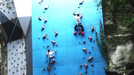 在世界之窗,看到这样的模拟攀岩,不知您能否攀上去?