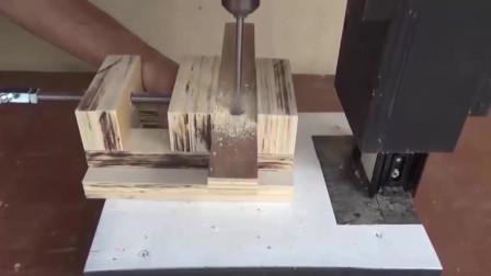 看起来只是普通的木工活,成品出来后我才发现不简单,佩服!