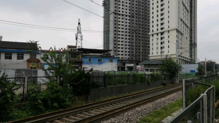 【南同蒲铁路】客车4627次(临汾~运城)晚点通过抵达运城站