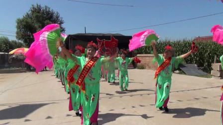 大美东北秧歌舞:朝阳坡镇长胜村刘二文化大院秧歌队表演