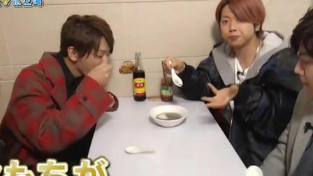 外国人在中国:日本艺人来上海逛南翔老街,品尝正宗汤圆,感叹在日本吃不到!