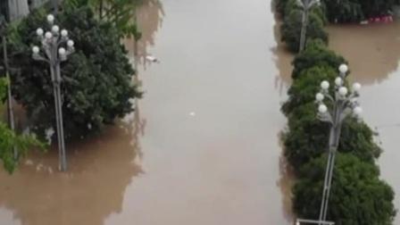 长江5号洪水过境重庆 共度晨光 20200820 高清