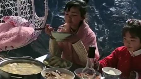 见识一下大山里的午餐,仿佛就是世外桃源,太喜欢这种感觉了!