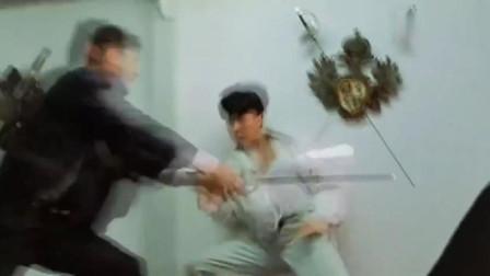 皇家师姐,硬汉决战猛男,身手敏捷对身强体壮,看起来真是过瘾