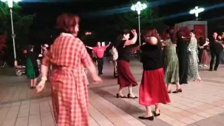 维族舞——与美女舞于百荣2020.8.21