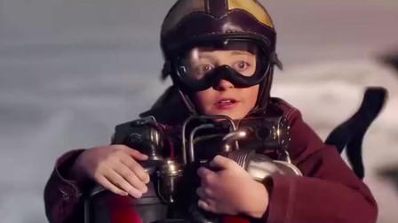 男孩误入未来世界,靠着飞行装备见到女孩