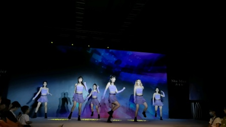 成都WILLA舞团-网红舞蹈《无价之姐》