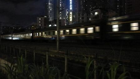 (南宁市园湖北路)K1558次列车 南宁→上海