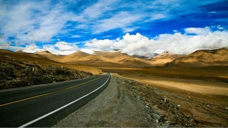 中国最难修的公路:不断被毁不断修建,再难也未放弃!