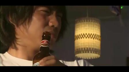 我是特种兵:小庄在酒吧买醉,不料遇上做任务的强子,竟坐着看戏啊