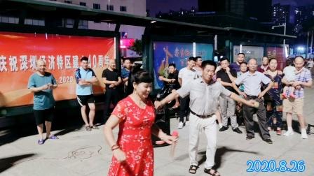 刘老师演唱《1080p版本》都之都广场