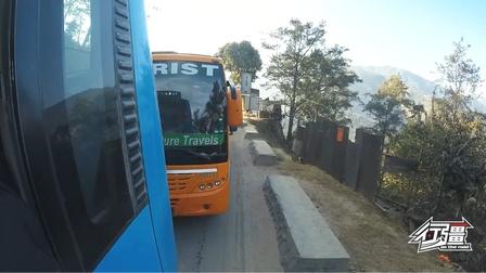 来感受下尼泊尔大巴车的速度,山路大堵车,200公里要走9个小时