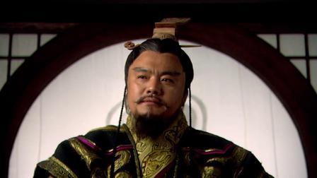 大王将军府中闲逛,谁知眼前竟出现一位绝色佳人,大王一眼相中