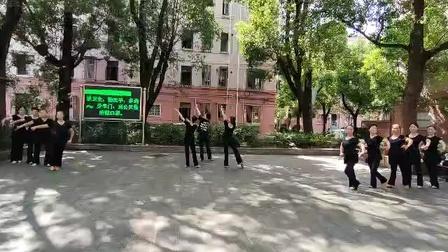 舞蹈 中国脊梁 习舞,高二舞蹈队