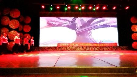 《红枣树》演出:邵阳市秋之声合唱团团队