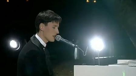 这才是真正的海豚音,抓耳空灵直逼灵魂,不愧是俄罗斯国宝级歌手