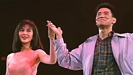 张学友邀请关之琳同台,合作一首《忘情冷雨夜》,真正的绝代佳人