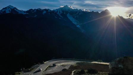 你知道梅里雪山吗?进藏十人仅有一人能看到此山,还是幸运的象征