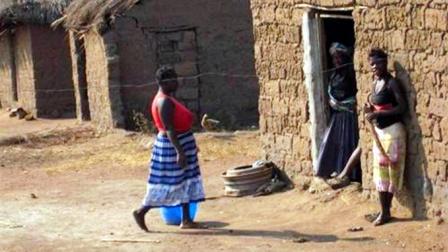 """非洲""""富人""""家是什么样?进去参观后,让人""""唏嘘不已""""!"""