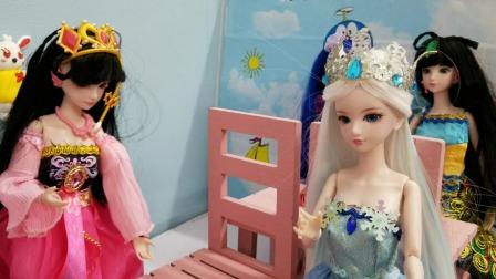 叶罗丽故事 罗丽放学后帮妹妹辅导作业,结果妹妹全做错了!