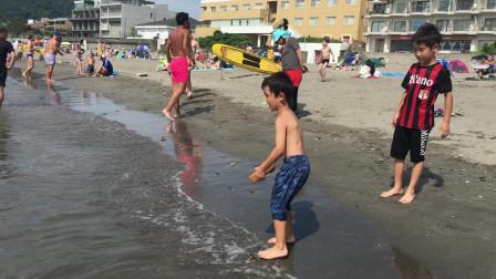 【Happy face】【Children】面包超人  人山人海的日本海岸