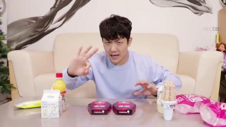 小伶玩具:坤坤挑战第二代超级辣的薯片! 伶可兄弟
