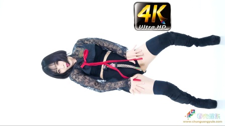 《春光娱乐》4K 模特热舞,绒布包腿长靴 正面