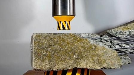 为什么建筑混凝土里要放钢筋?用液压机实验给出了答案