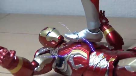 奥特曼:超级英雄与奥特曼之战!
