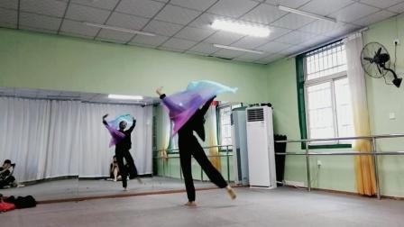 古典舞左手指月分解动作六,阜阳艺路舞蹈学校提供,仅供内部学员使用