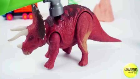 霸王龙三角龙和长颈腕龙