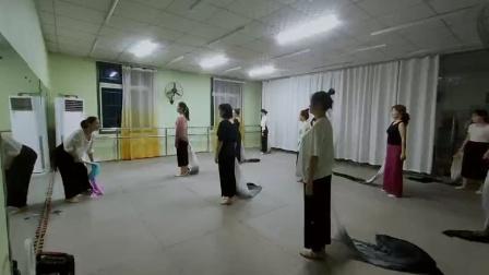 古典舞左手指月课堂片段,阜阳艺路舞蹈学校